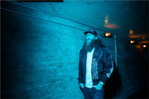 Dallas Presents a Night of Worship with Crowder