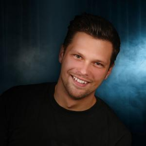 Julian McCullough