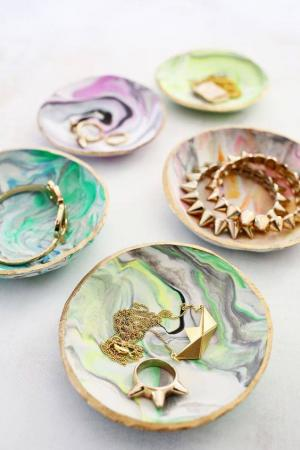 One Night One Craft: Marbleized Gifts