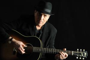 Eric Andersen featuring Scarlet Rivera